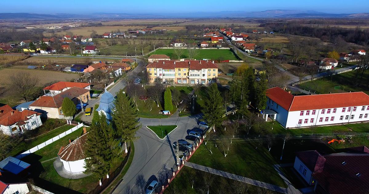 Bretea Română - centrul de comună